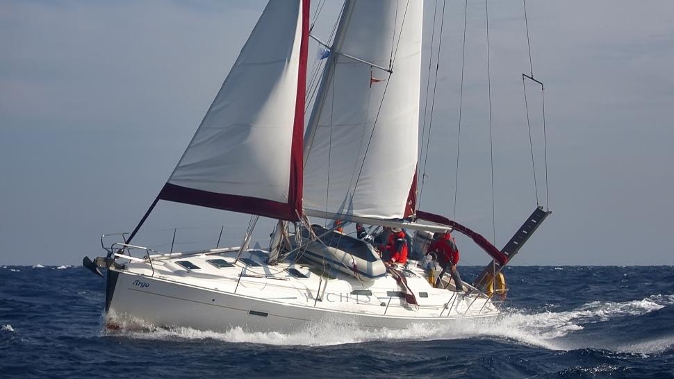 Alvea Yachts Beneteau Oceanis 393